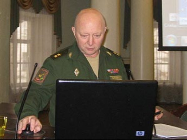 Прославившегося в Сирии генерала обвинили в мошенничестве