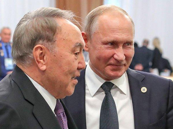 Визит Путина в Казахстане омрачился скандалом из-за Крымского моста
