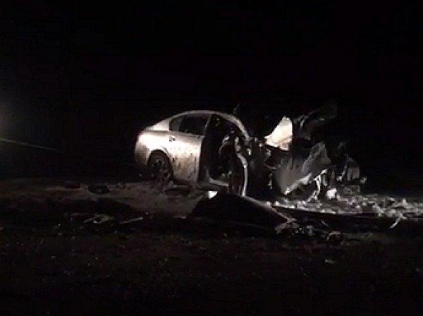 В Иркутске водитель Lexus GS300 на скорости 170 км/ч протаранил БТР и погиб на месте
