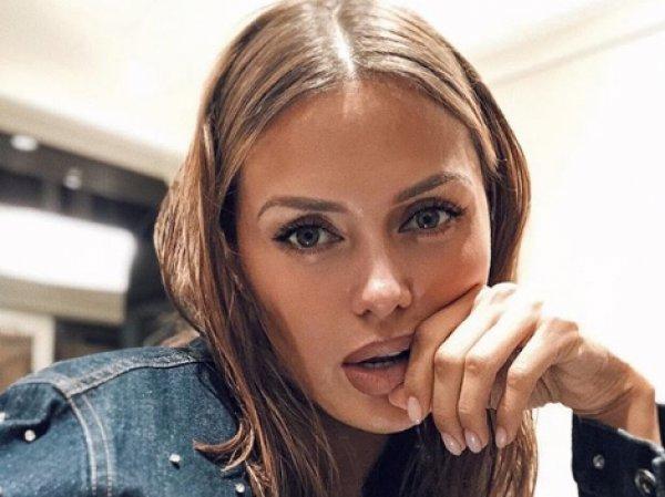 """""""Видна новая грудь"""": Боня порадовала фанатов сексуальным фото в бикини"""