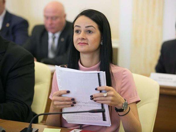 """В Сети появился фейковый """"голый компромат"""" на Ольгу """"Никто не просил вас рожать"""" Глацких"""