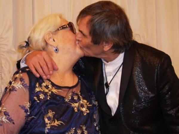 Алибасов показал свадебные фото с Федосеевой-Шукшиной, вызвав возмущение Садальского