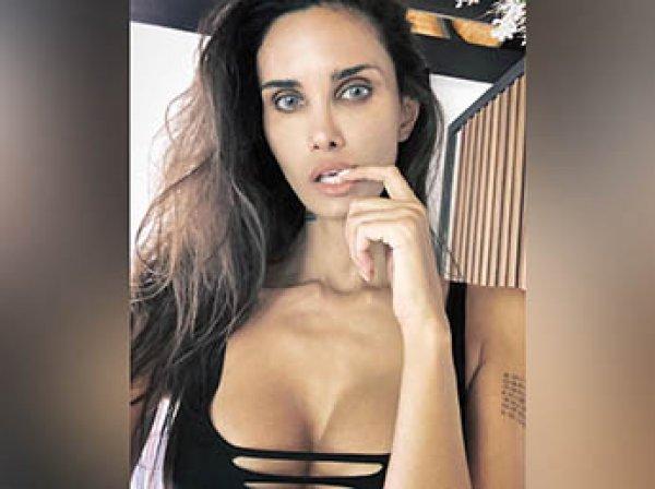 Жена Мамаева устроила истерику в прямом эфире Instagram