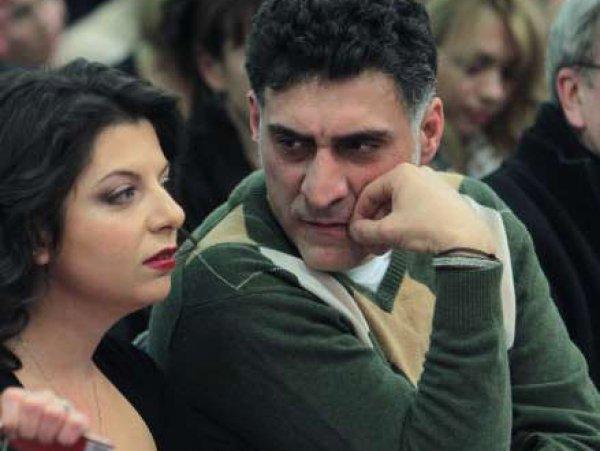 Маргарита Симоньян впервые показала сына и дочь, рожденных от Тиграна Кеосаяна (ФОТО)