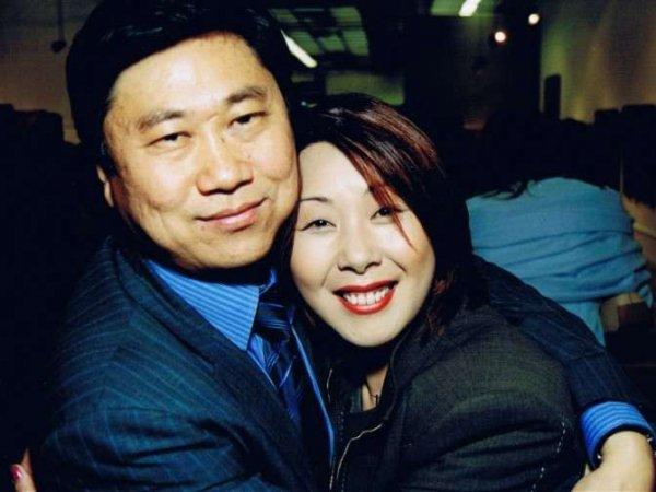 Анита Цой призналась, что больше не живет с мужем