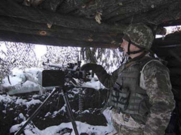 Украинские танки и солдаты вошли в жилые районы Донбасса