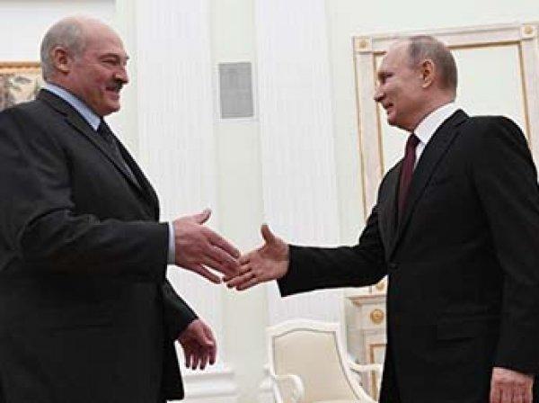"""""""Надоели друг другу"""": Лукашенко пролил свет на свои отношения с Путиным"""
