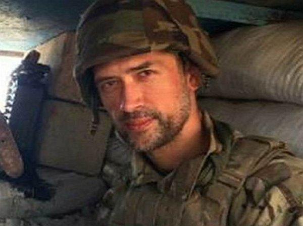 Воевавший за ВСУ актер Пашинин теперь разгребает дворы за 500 гривен ради еды
