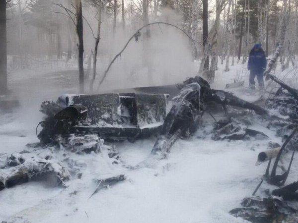 Появилось видео с места крушения вертолета в Улан-Удэ: 4 погибших