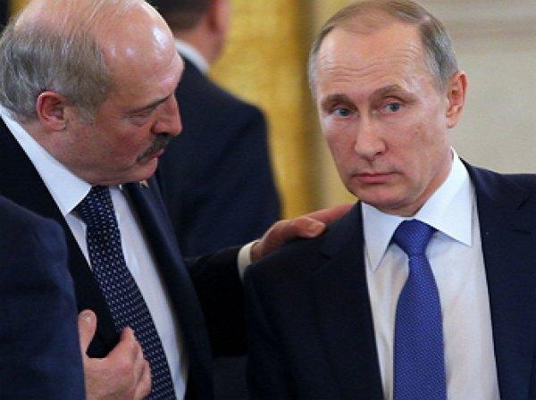 """""""Вроде воевали против Германии вместе"""": в Сети появилось видео стычки Лукашенко и Путина"""