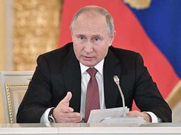 """""""Нехитрая комбинация"""": Путин объяснил свой отказ говорить по телефону с Порошенко"""
