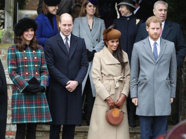Спавшая на полу мать-одиночка разбогатела благодаря случайному фото королевской семьи