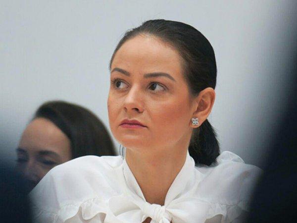 """СМИ: министр """"никто не просил вас рожать"""" Глацких пыталась получить квартиру за счет государства"""