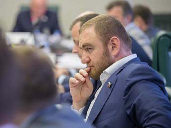 Сенатора от Карачаево-Черкесии задержали прямо в зале заседания Совфеда