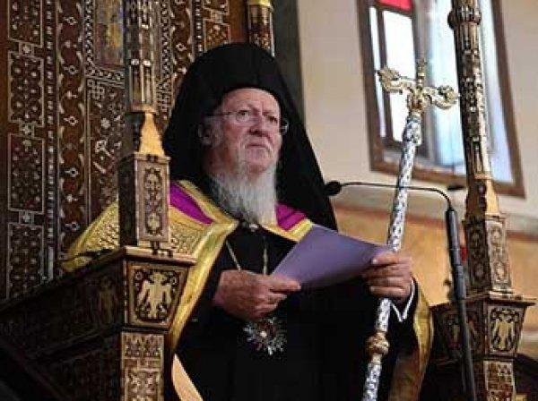Вселенский патриарх потребовал передать ему монастыри Крыма