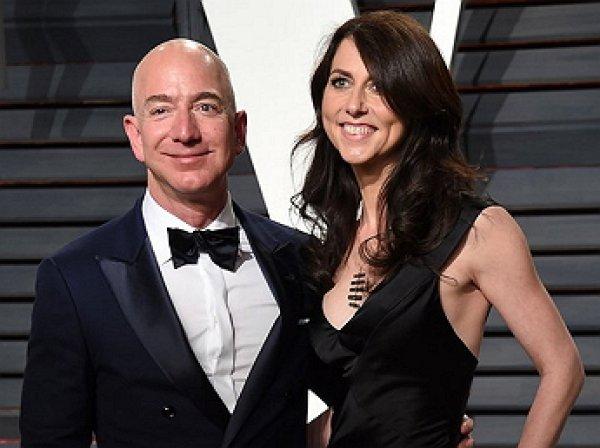 Стала известна причина развода главы Amazon