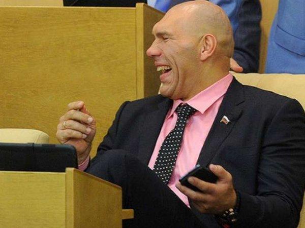"""Это что, Смехопанорама?"": реакция Валуева на повышение цен на бензин разгневала россиян"