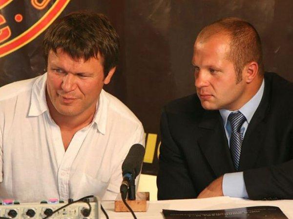 """""""Напоили снотворным"""": Тактаров заявил, что Емельяненко отравили перед боем с Бейдером"""