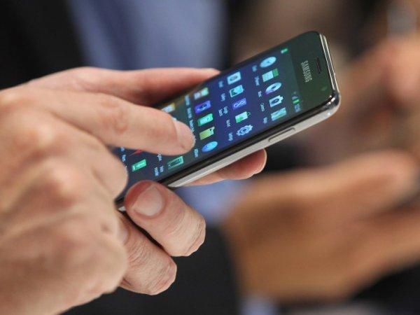 Смартфоны в России могут обложить налогом