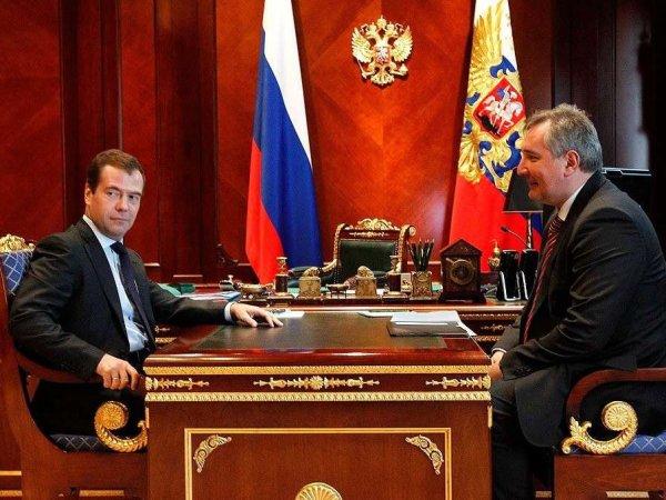 """""""Хватит болтать"""": Медведев публично унизил Рогозина перед камерами на совещании (ВИДЕО)"""