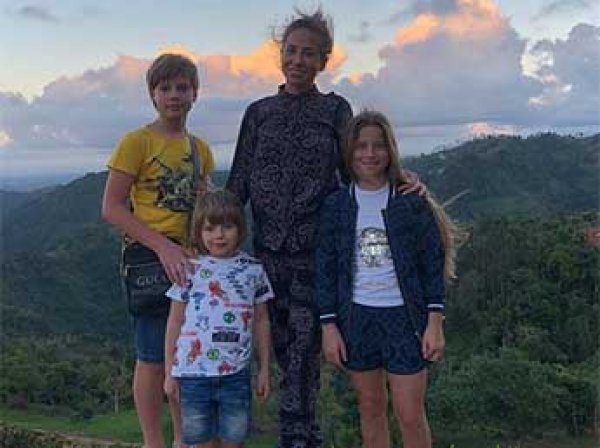 """Аршавин впервые за 5 лет увиделся с детьми от Барановской, у которой роман с одним из """"Иванушек"""""""
