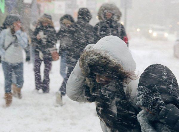 """Синоптики напугали москвичей предстоящим падением на дно """"баррического колодца"""""""