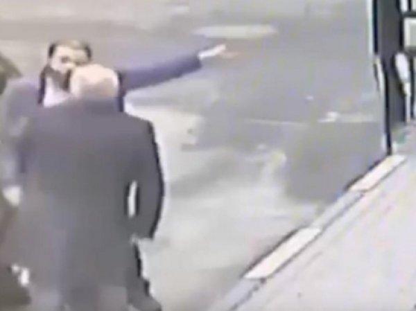 Видео избиения работавшего в правительстве РФ генерала появилось в Сети