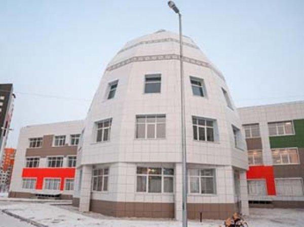 СМИ узнали об отказе якутской школы принимать русскоговорящих детей