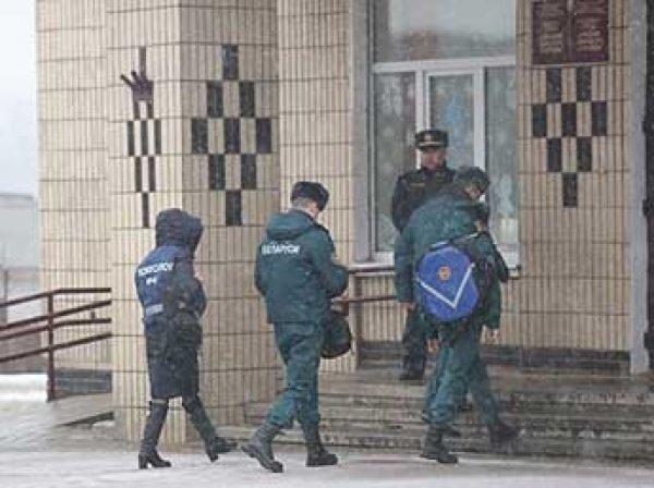 В Белоруссии школьник с ножом убил учительницу и одноклассника, пятеро детей ранены