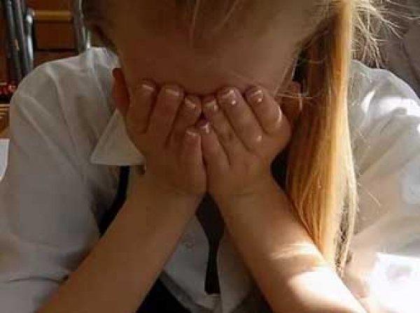 В Казани учитель требовал от школьниц секса за участие в играх «Что? Где? Когда?», а в поездках насиловал их