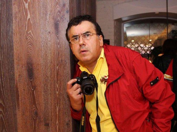 """""""Плохо, когда тебя запаковывают в черный пакет"""":  фото Садальского в СИЗО взбудоражило Сеть"""