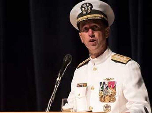 """""""Пришло время нанести удар первым"""": адмирал ВМС США призвал перейти к """"наступлению"""" на Россию"""
