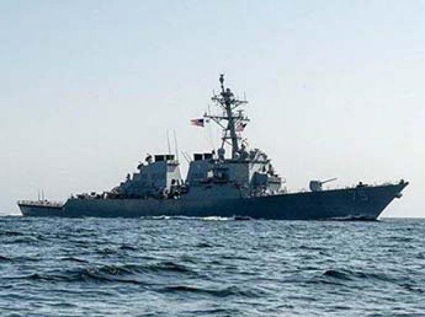 """У командующего ВМС США после отправки эсминца в Черное море """"сдали нервы"""""""