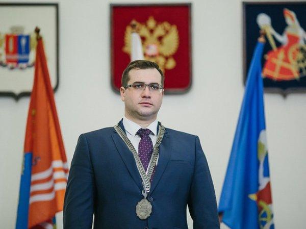 Мэра Иваново избили битой прямо на пороге его дома