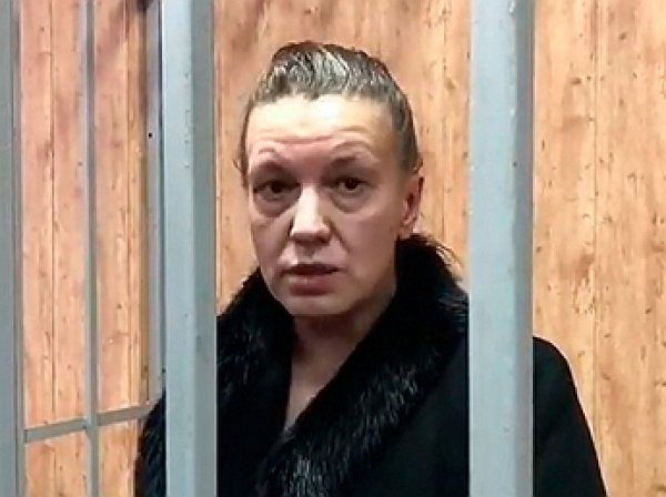 На шоу Малахова раскрыли страшный диагноз матери девочки-маугли