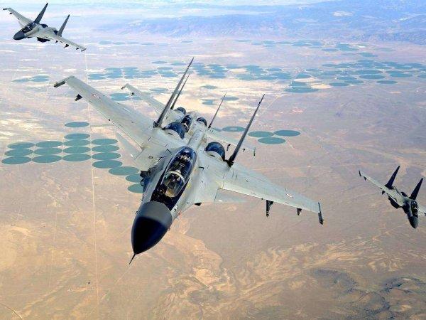 Эксперт оценил воздушный бой СУ-30 и F-16 в небе над Кашмиром: видео с места боя появилось в Сети