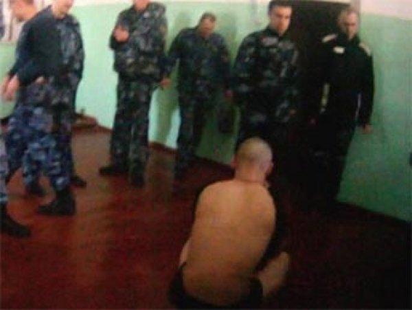 СМИ показали новое видео пыток осужденных в ярославской колонии