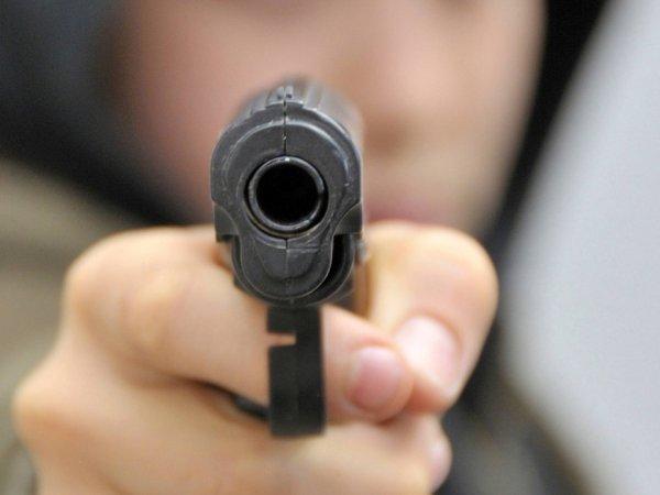В Нижнем Новгороде неизвестный устроил стрельбу у школы