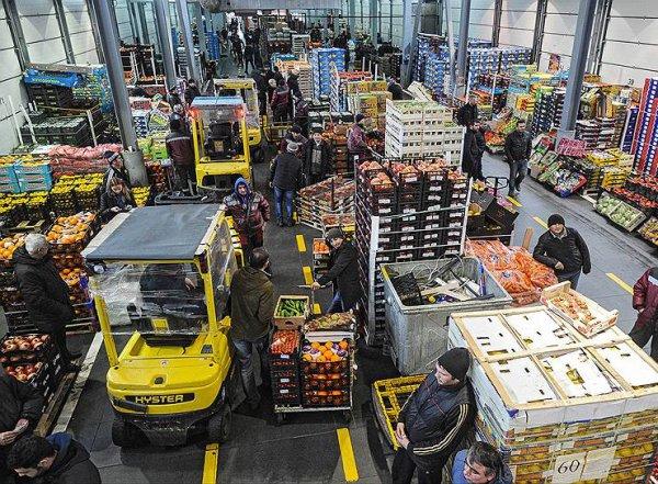 """На рынке """"Фуд Сити"""" в Москве, контролируемом вором в законе Гули, проходят обыски"""