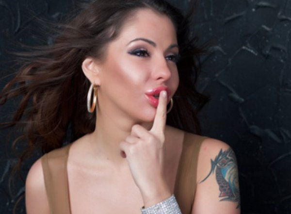 Елена Беркова из больницы собралась в шестой раз замуж за миллиардера