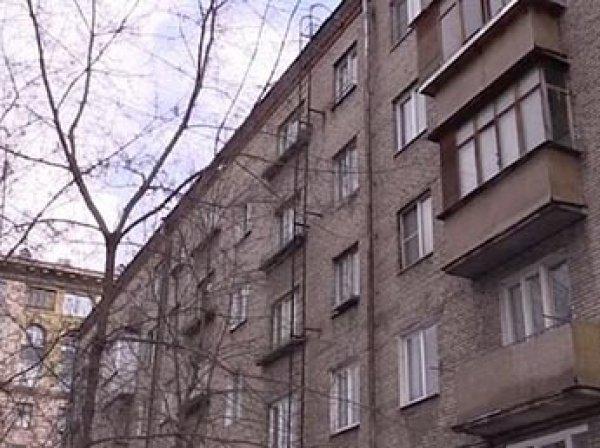 В Москве в замусоренной квартире погиб семилетний мальчик-маугли