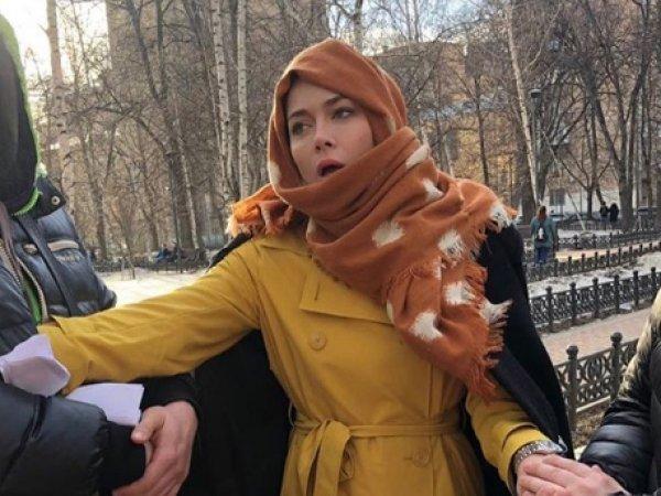 """""""Колхозное чувство юмора"""": Самбурская шокировала Сеть фото в подгузнике"""