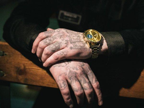 После принятия Госдумой закона о лидерах ОПГ воров в законе будут сажать за татуировки?