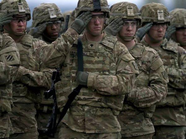 В Совбезе рассказали о переброске войск НАТО к границам РФ