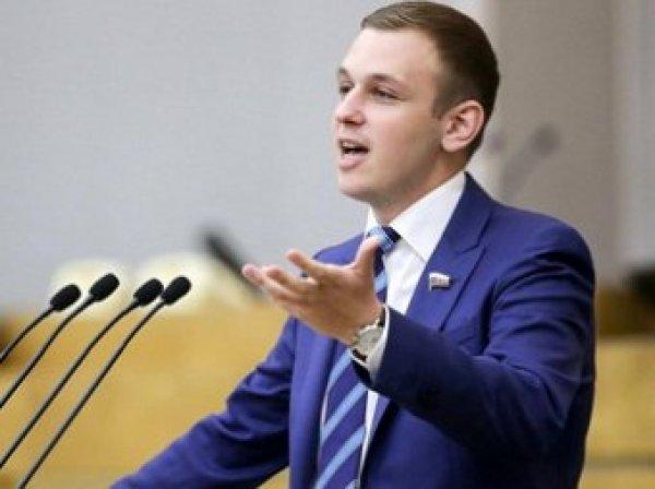 Депутаты Госдумы обиделись на отвратительные шутки Comedy Club
