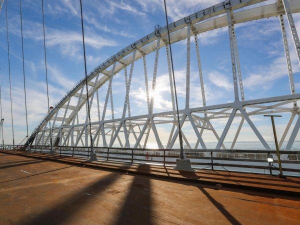 Снятое у Крымского моста видео вызвало панику в Керчи