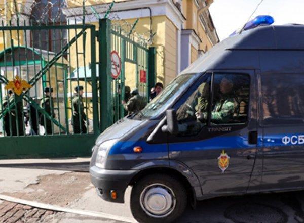В Сети появились фото и видео с места взрыва в военной академии в Петербурге: есть раненые