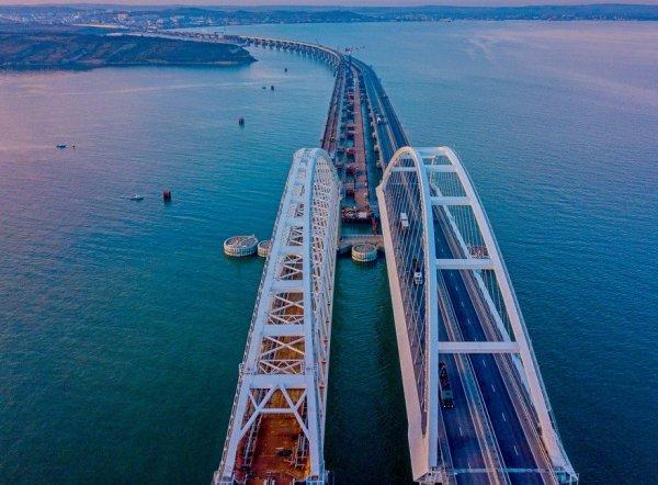 Названо главное преимущество Крымского моста перед авиаперевозчиками