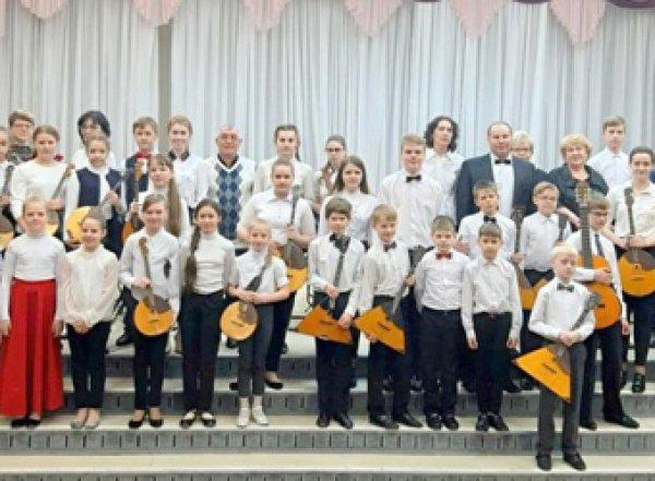 Нижегородским учителям платят надбавку в 1 рубль за одарённых учеников