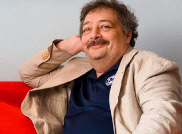 Писатель Быков выйдет в эфир с больничной койки